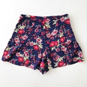Floral Shorts *BRAND NEW*